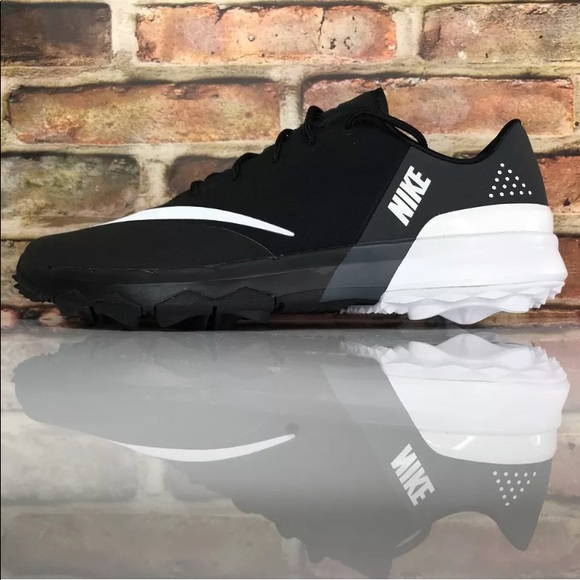 85ab7f958f60 Nike FI Flex Golf Shoes Spikeless 849961-001 NEW